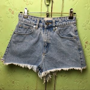 ABRAND High Relaxed Denim Shorts distressed Booty